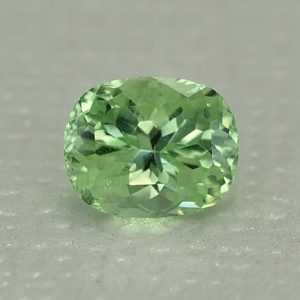 MintGrossular_cushion_6.2x5.0mm_1.04cts_mg239