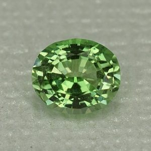 MintGrossular_oval_6.5x5.6mm_1.00cts_mg169
