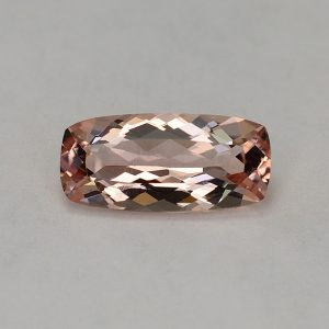 Morganite_cushion_13.2x6.2mm_2.44cts_H_me223