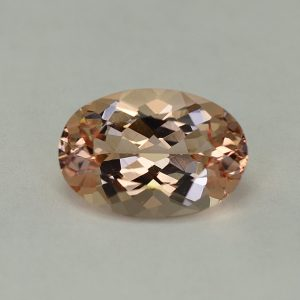 Morganite_oval_13.0x9.0mm_3.77cts_H_me157