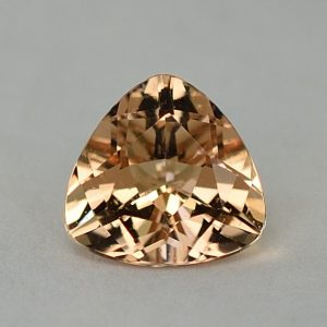 Morganite_trillion_7.4mm_1.28cts_H_me274