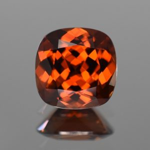 OrangeZircon_sq_cush_11.3mm_8.42cts_N_zn873