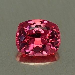 PinkSpinel_cushion_5.9x4.8mm_0.80cts_sp307