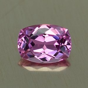 PinkSpinel_cushion_6.9x5.0mm_0.89cts_sp278
