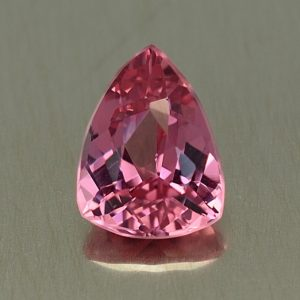 PinkSpinel_drop_trillion_8.3x6.3mm_1.56cts_sp152