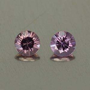 PurpleSpinel_round_pair_5.0mm_1.11cts_sp295