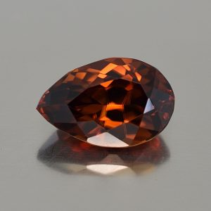 RedOrangeZircon_pearshape_14.5x9.5mm_9.23cts_N_zn590