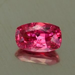 RedSpinel_cushion_6.7x4.3mm_0.86cts_sp402
