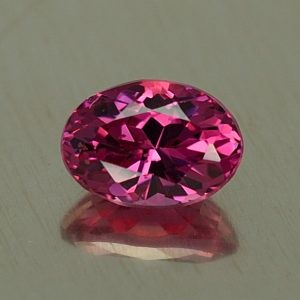 RedSpinel_oval_6.8x4.9mm_1.00cts_sp472