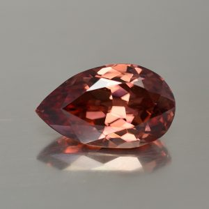 RoseZircon_pearshape_20.8x12.5mm_20.78cts_zn933