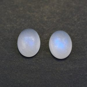 Moonstone_oval_cab_pair_10.1x8.0mm_5.14cts_ms168