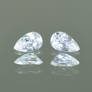 WhiteZircon_pearshape_pair_8.0x5.0mm_2.33cts_H_zn1908