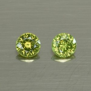 GreenZircon_round_pair_3.7mm_0.50cts_zn2850