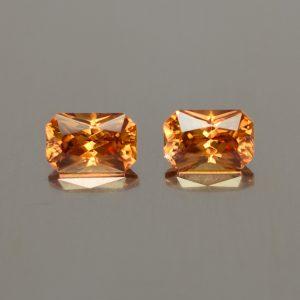 OrangeZircon_rad_pair_6.0x4.0mm_1.67cts_N_zn2083