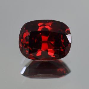 Rhodolite_cushion_13.0x10.2mm_7.29cts_rh203