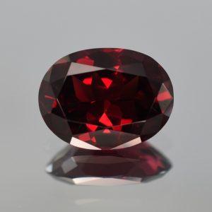 Rhodolite_oval_14.4x11.0mm_7.90cts_rh202