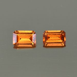 OrangeGrossular_eme_cut_pair_6.0x4.0mm_1.14cts_og155