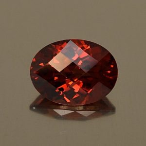 RedGarnet_ch_oval_8.1x6.0mm_1.51cts_rg264