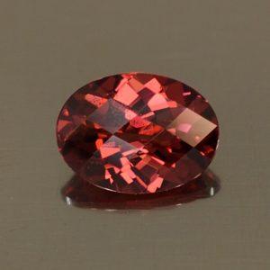 Rhodolite_ch_oval_8.0x6.0mm_1.41cts_rh336