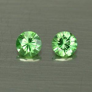 Tsavorite_round_pair_3.5mm_0.39cts_ts358