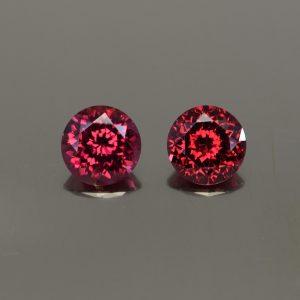 Rhodolite_round_pair_8.0mm_4.64cts_rh316
