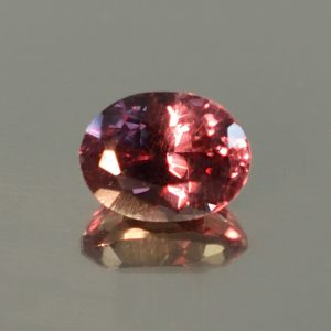 ColorChangeGarnet_oval_6.5x5.0mm_1.19cts_N_cc358_secondary