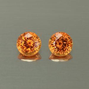 Spessartite_round_pair_6.0mm_2.53cts_N_sg153